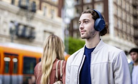 索尼发布两款无线耳机新产品