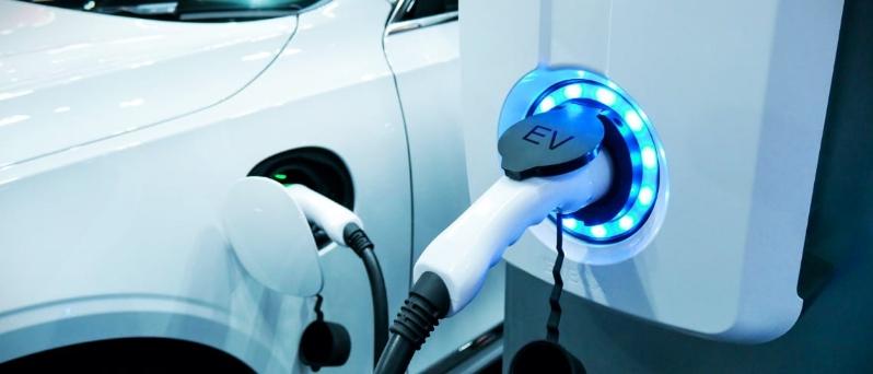意法半导体两款产品瞄准蓬勃的新能源汽车市场