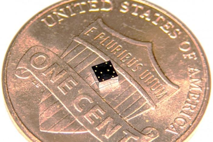 研究人员打造全新微型传感器:可追踪佩戴者心脏和肺部健康